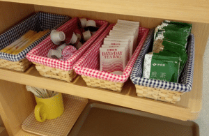 (ファミリーロッジ旅籠屋)お茶や紅茶のパック・ミルク・砂糖